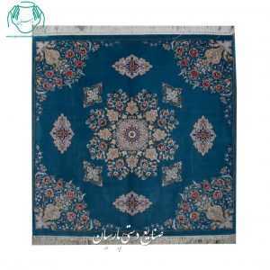 گالری فرش دستبافت اصفهان کف ساده مربع جنس کرک ابریشم