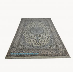 فروش فرش دستباف لچک ترنج نایین نقشه گل شکوفه اصفهان
