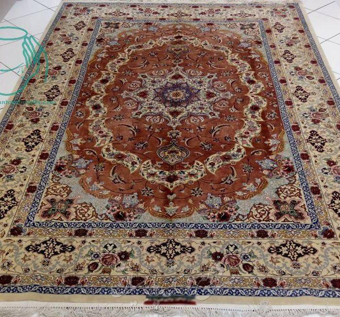 فروش قیمت فرش دستبافت ابریشمی اصفهان