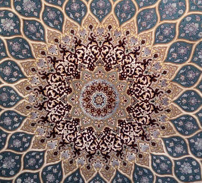 فروش فرش دستباف مربع 9 متری اصفهان