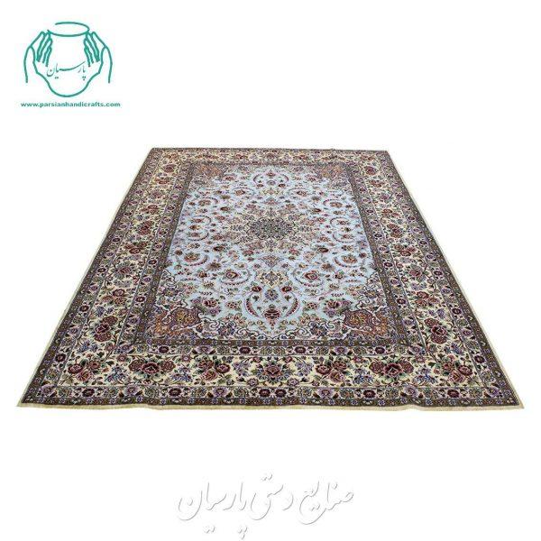 قالیچه ابریشم طلایی