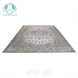 فرش دستبافت 4 لا 12متری نایین 95 درصد ابریشم