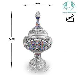 گزخوری تلفیق هنر قلمزنی مینیاتور اصفهان