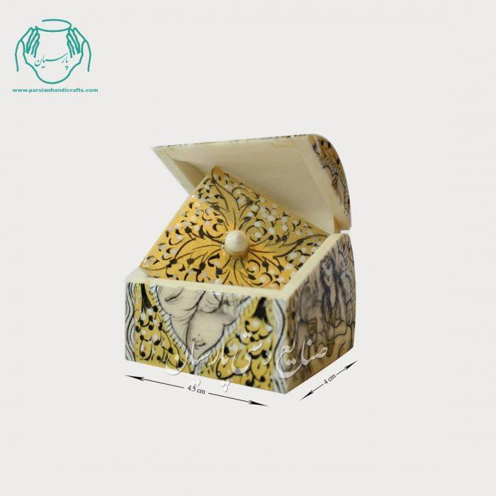 جعبه نقلی استخوان شتر طرح صورت