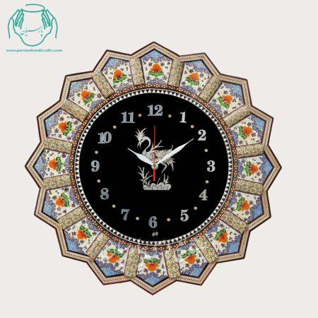 ساعت دیواری خورشیدی تلفیق هنر قلمزنی مینیاتور و خاتمکاری